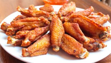 "Photo of แจกสูตร ""ปีกไก่ทอดเกลือ"" ทำเองได้ง่ายๆแถมยังอร่อยน่าทานสุดๆ"